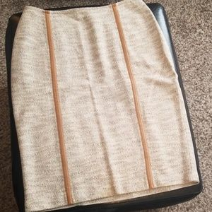 ST. JOHN COLLECTION oatmeal pencil skirt